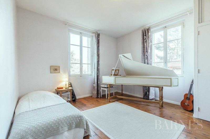Deluxe sale house / villa Tassin-la-demi-lune 894000€ - Picture 2