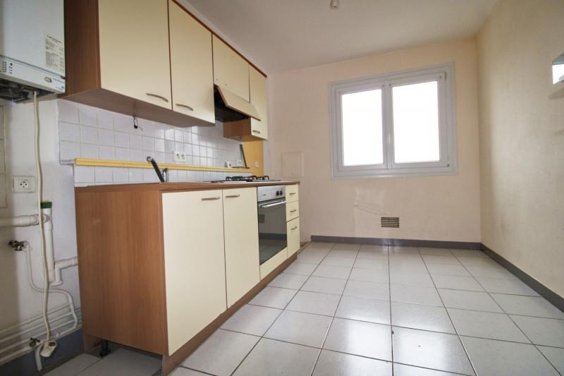 Sale apartment Lorient 100110€ - Picture 3