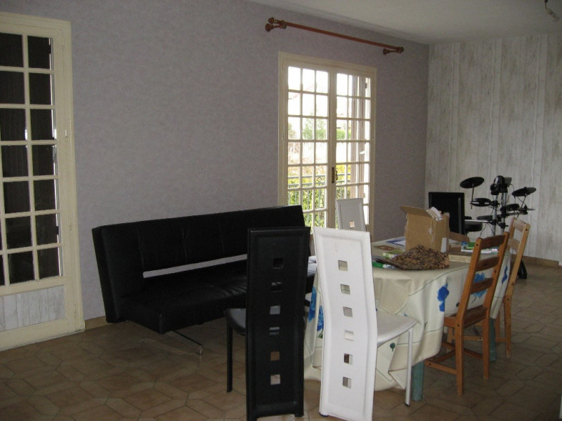 Location maison / villa Isle 830€ CC - Photo 4