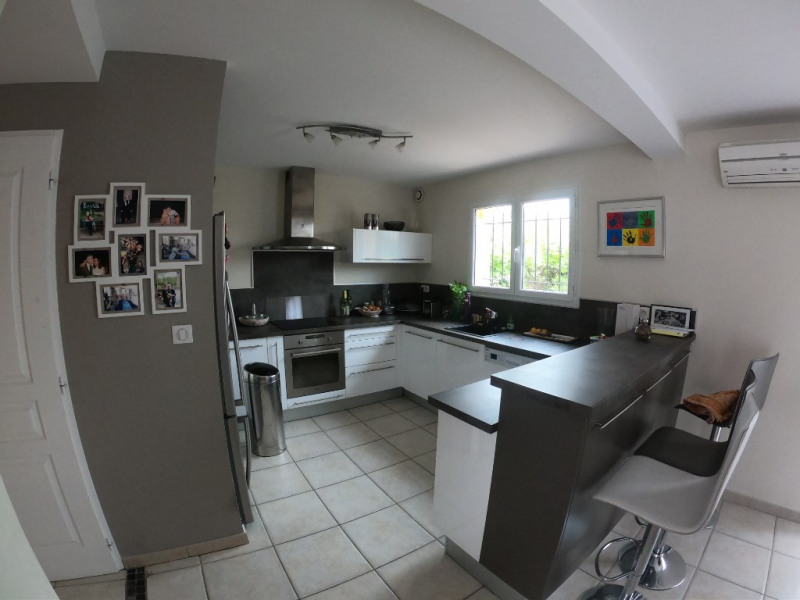 Sale house / villa Aix en provence 485000€ - Picture 1