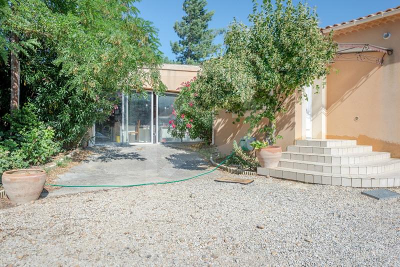Deluxe sale house / villa Sorgues 682500€ - Picture 11