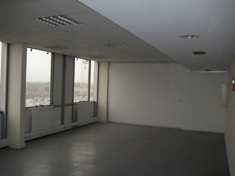 Rental office Evry 700€ HT/HC - Picture 1