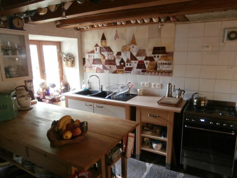 Sale house / villa Labastide rouairoux 145000€ - Picture 1
