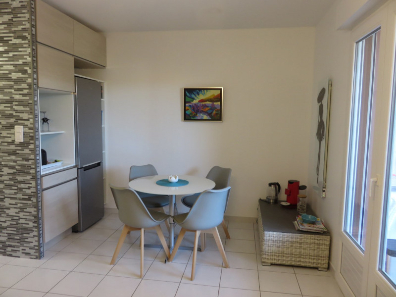 Location vacances appartement Bandol 390€ - Photo 4