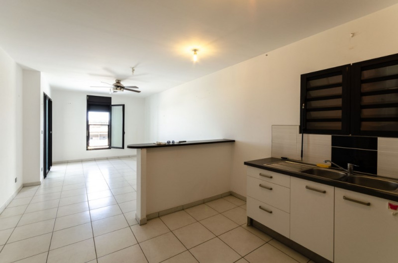 Vente appartement Saint pierre 138000€ - Photo 1