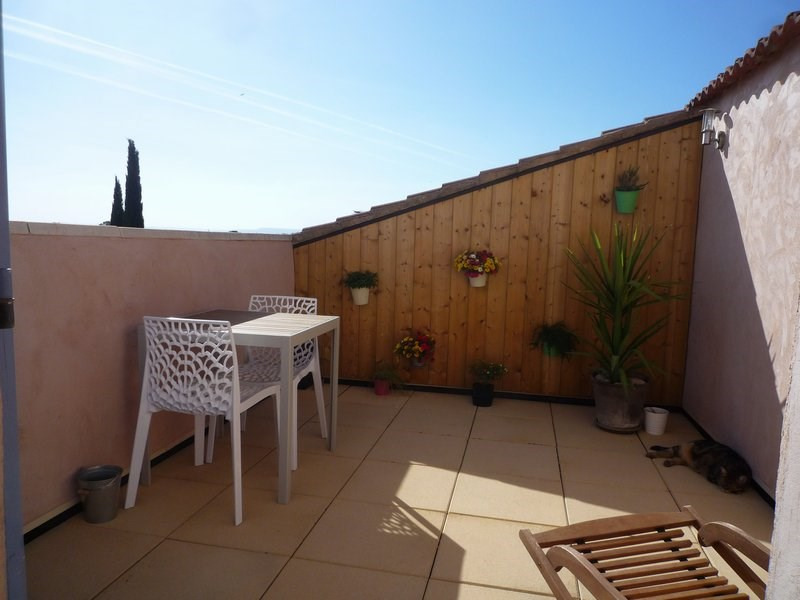 Sale apartment Serignan du comtat 189 000€ - Picture 2