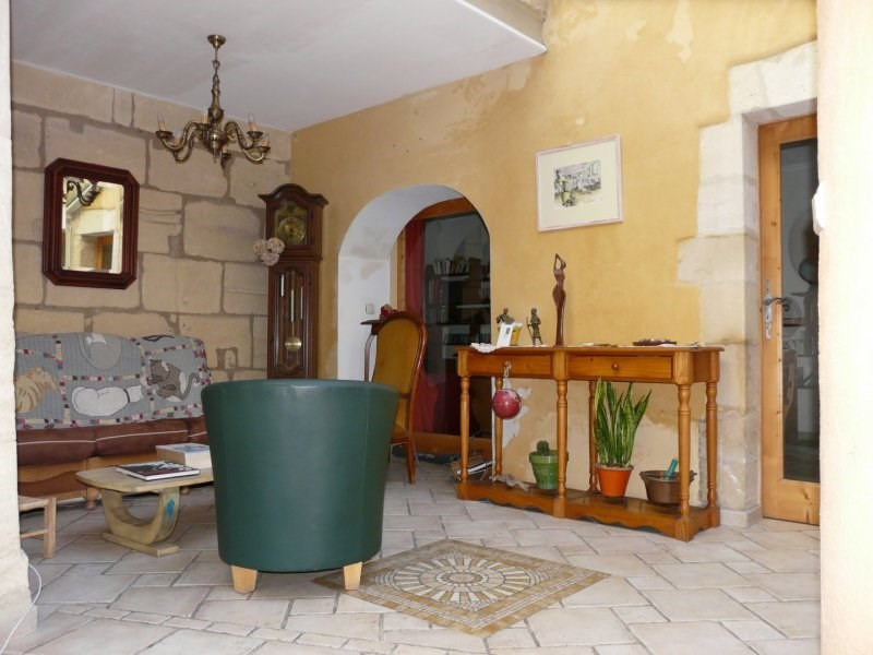 Sale apartment Arles 295 000€ - Picture 2