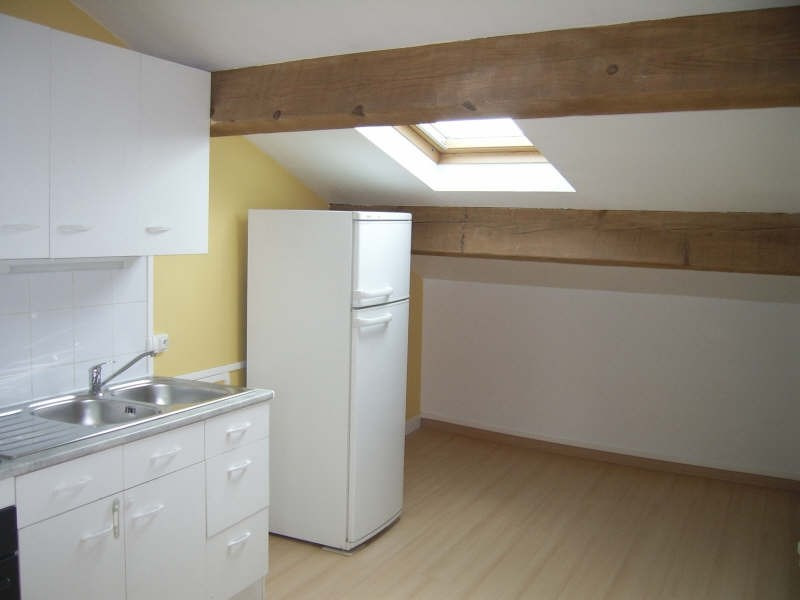 Rental apartment Nimes 420€ CC - Picture 2