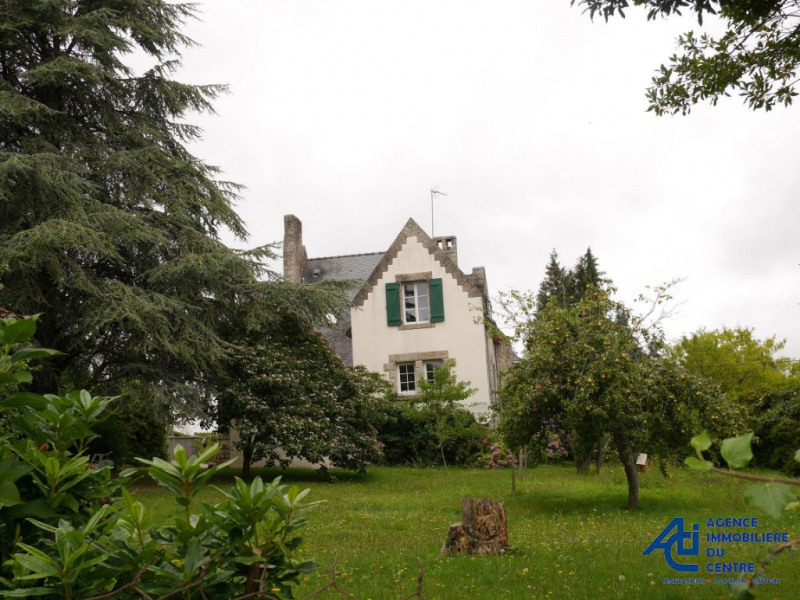 Sale house / villa Pontivy 162 000€ - Picture 1
