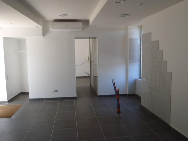 Location boutique Arnas 584€ HC - Photo 2