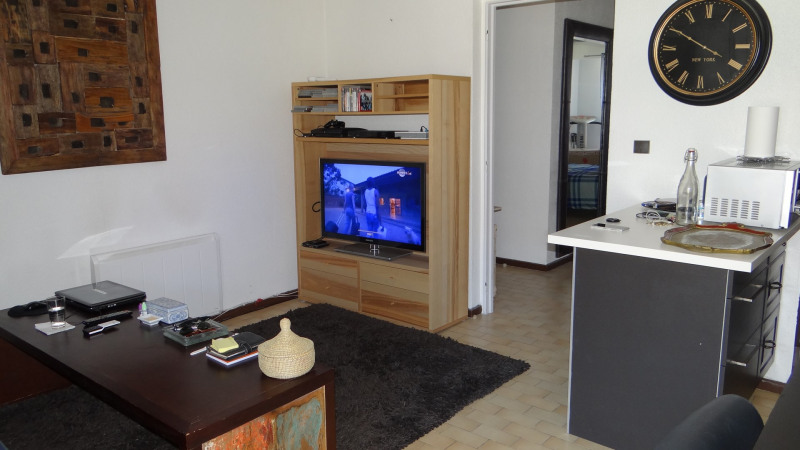 Location appartement Cavalaire 780€ CC - Photo 4