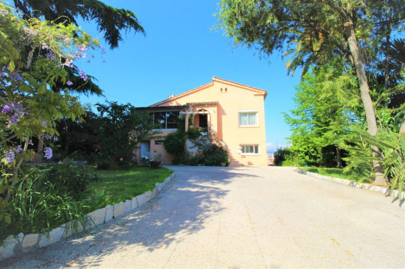 Deluxe sale house / villa Cagnes sur mer 1155000€ - Picture 2