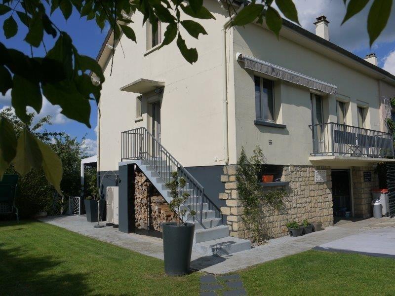 Sale house / villa Freneuse 248000€ - Picture 1