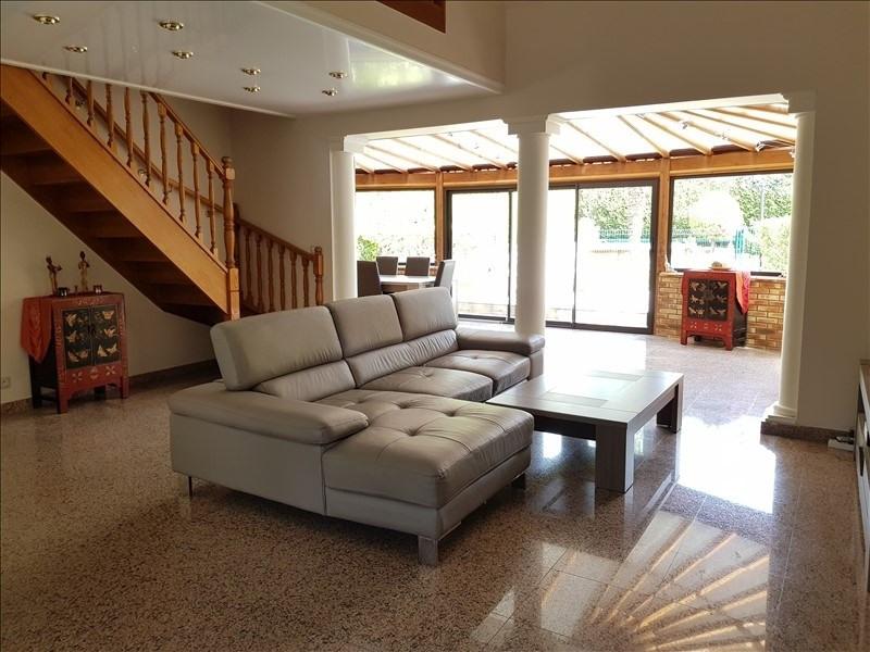 Sale house / villa La queue en brie 424900€ - Picture 2