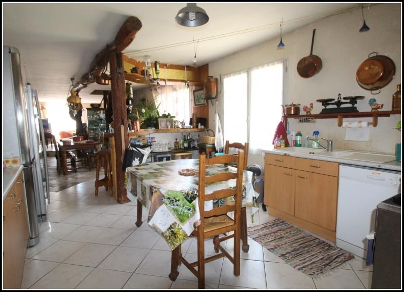 Sale house / villa Taugon 166 000€ - Picture 3