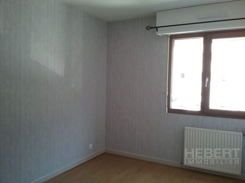 Rental apartment Sallanches 980€ CC - Picture 7