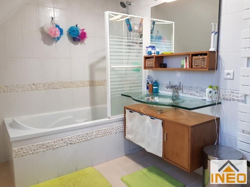 Vente maison / villa Bedee 237 215€ - Photo 9