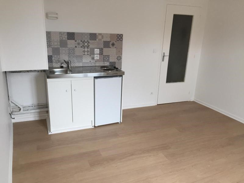 Location appartement Villefranche sur saone 320€ CC - Photo 3
