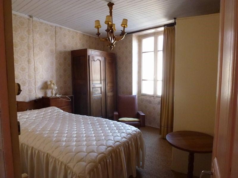 Sale house / villa St christophe et le laris 129000€ - Picture 13
