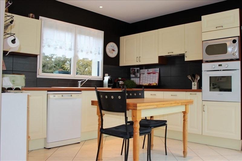 Deluxe sale house / villa Lorient 682500€ - Picture 5