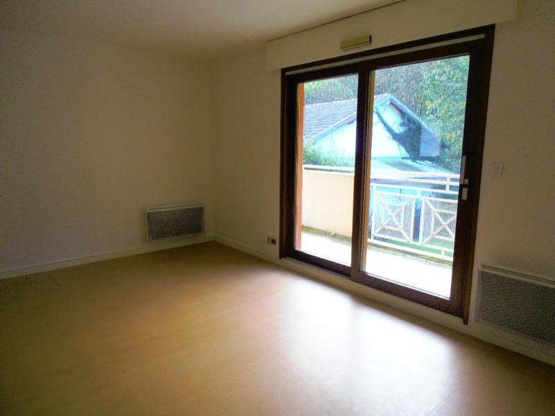 Location appartement Nantua 342€ CC - Photo 1