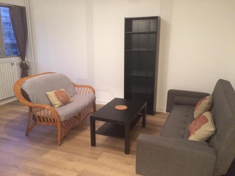 Rental apartment Paris 15ème 1850€ CC - Picture 2