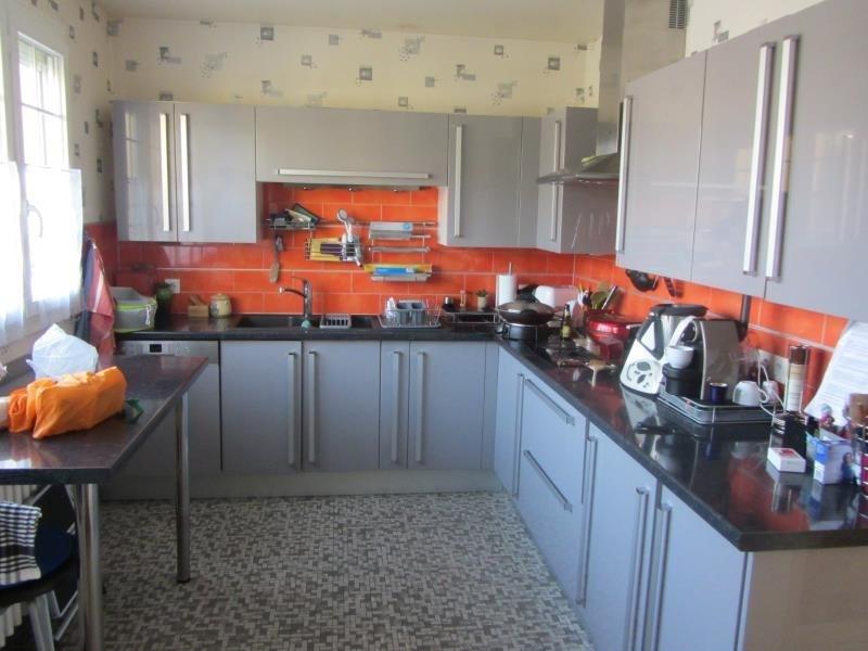 Sale house / villa Boissy st leger 370000€ - Picture 2