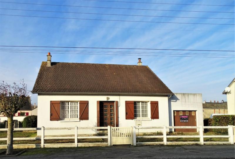 Vente maison / villa Voves 103000€ - Photo 1