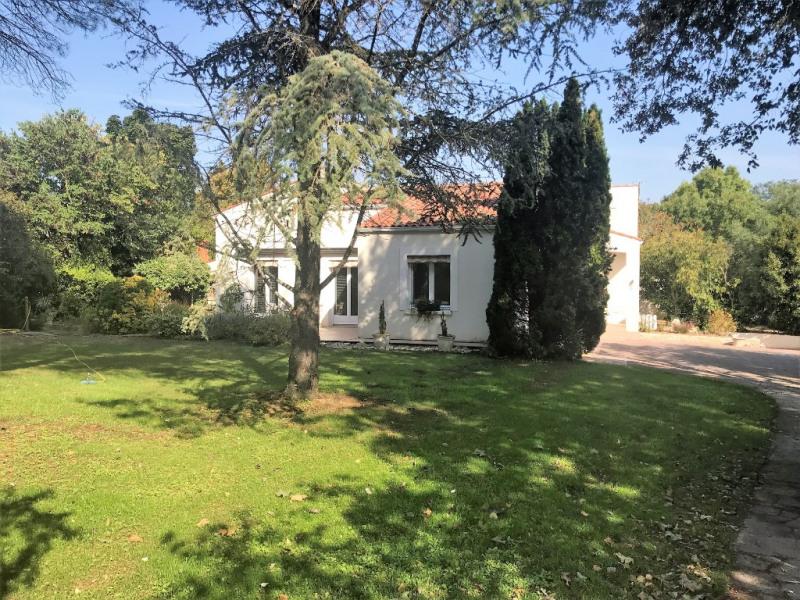 Maison Saint Medard D Aunis 6 pièce (s) 150 m²