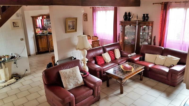 Sale house / villa Gisors 247400€ - Picture 2