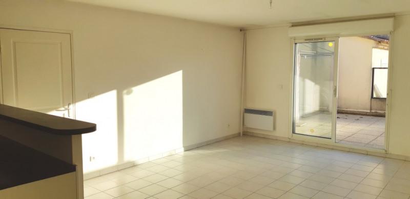 Sale apartment Lambesc 314000€ - Picture 4