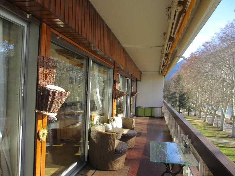 Deluxe sale apartment Annecy 1 150 000€ - Picture 2