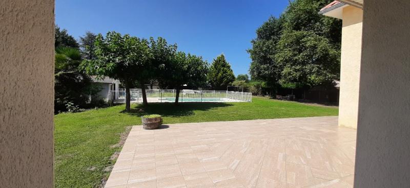 Sale house / villa Buros 440000€ - Picture 4