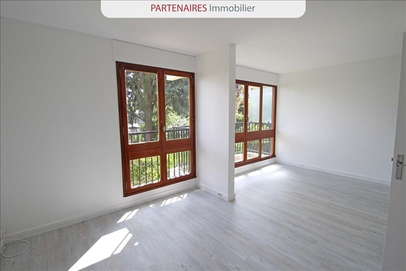 Rental apartment Le chesnay 667€ CC - Picture 3