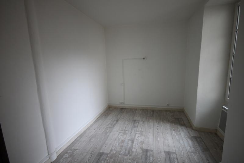 Sale apartment Oloron ste marie 69000€ - Picture 3