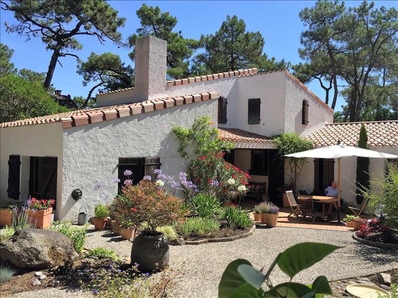 Deluxe sale house / villa La tranche sur mer 884000€ - Picture 1