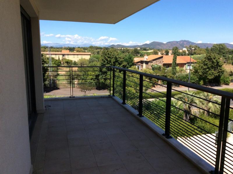 Rental apartment Fréjus 1187€ CC - Picture 3