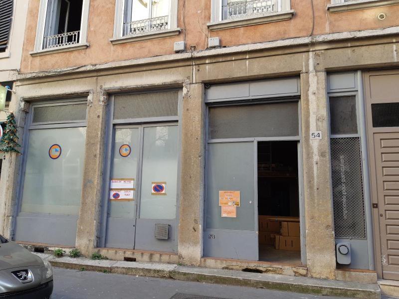Location boutique Lyon 6ème 1018€ CC - Photo 1