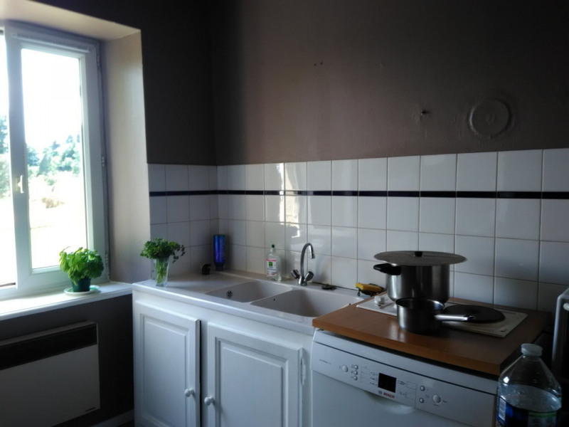 Location appartement St agreve 325€ CC - Photo 3