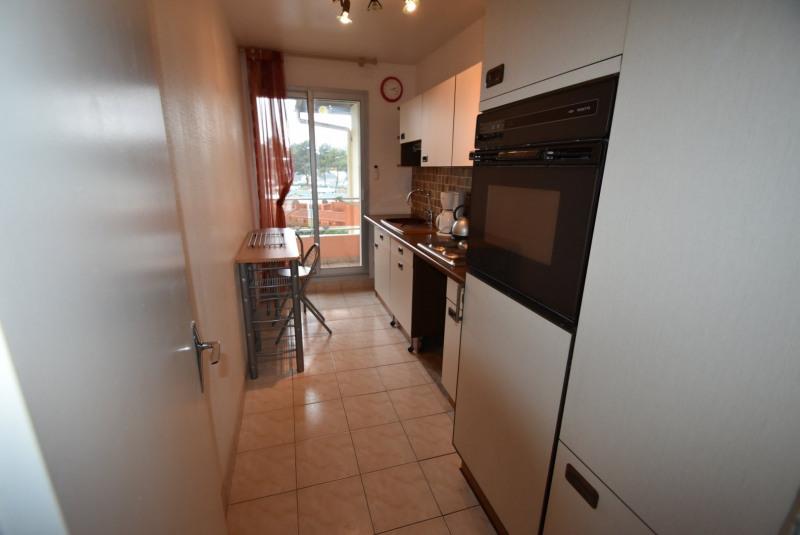 Locação apartamento Grandcamp maisy 422€ CC - Fotografia 6