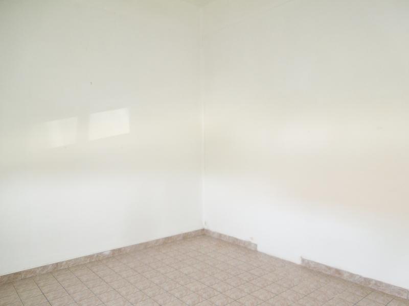 Vente maison / villa Onnaing 75600€ - Photo 3