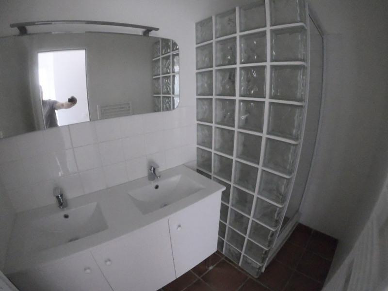 Location appartement Les milles 1060€ CC - Photo 8