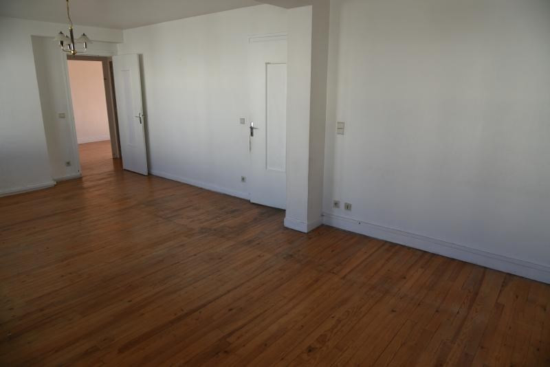 Rental apartment Oyonnax 500€ CC - Picture 3