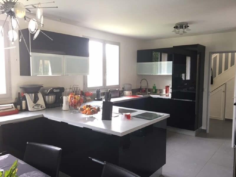 Sale house / villa Lesigny 495000€ - Picture 1