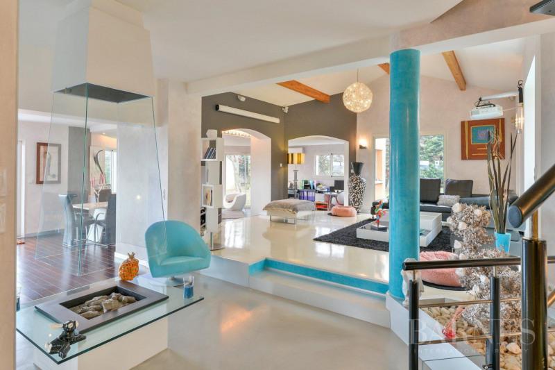 Deluxe sale house / villa Vernaison 990000€ - Picture 4