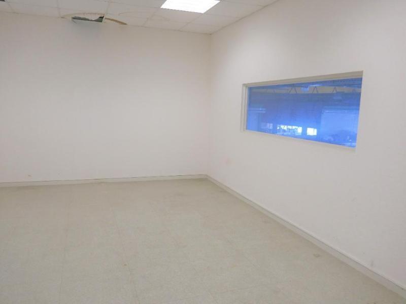 Sale empty room/storage Nantua 390000€ - Picture 2