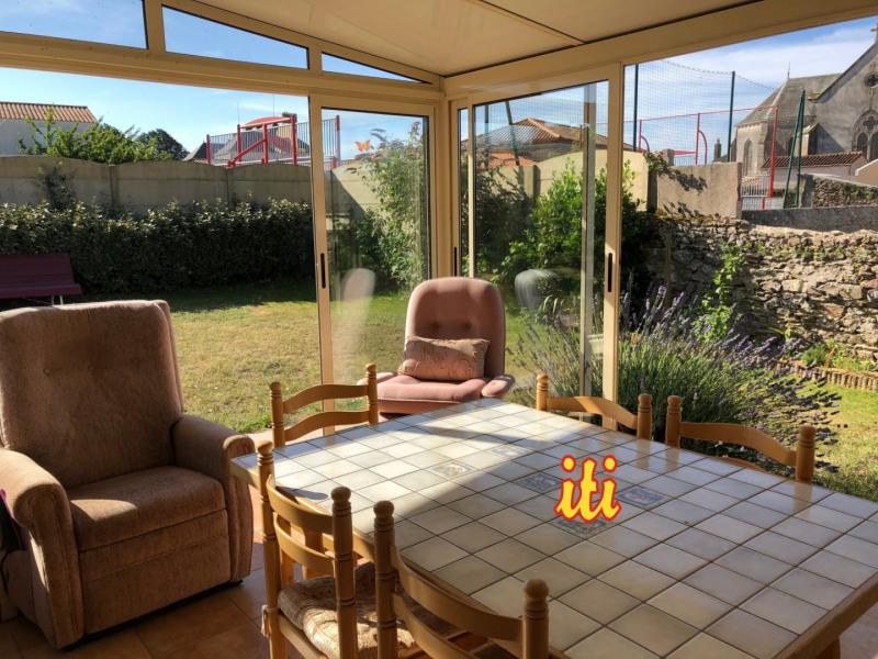 Vente maison / villa Vaire 220500€ - Photo 1