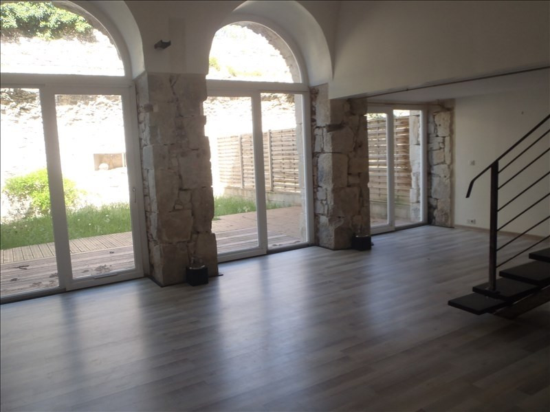 Location appartement 26740 806€ CC - Photo 2