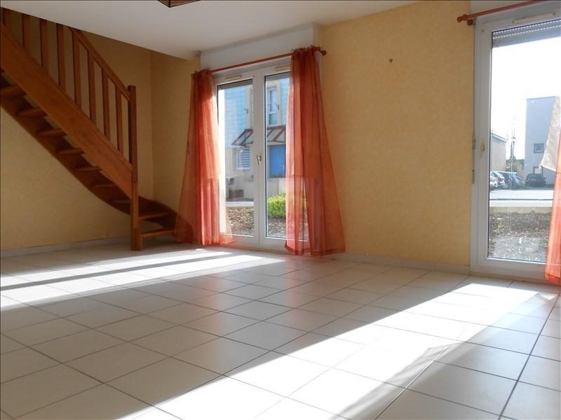 Sale apartment Quimper 74120€ - Picture 2