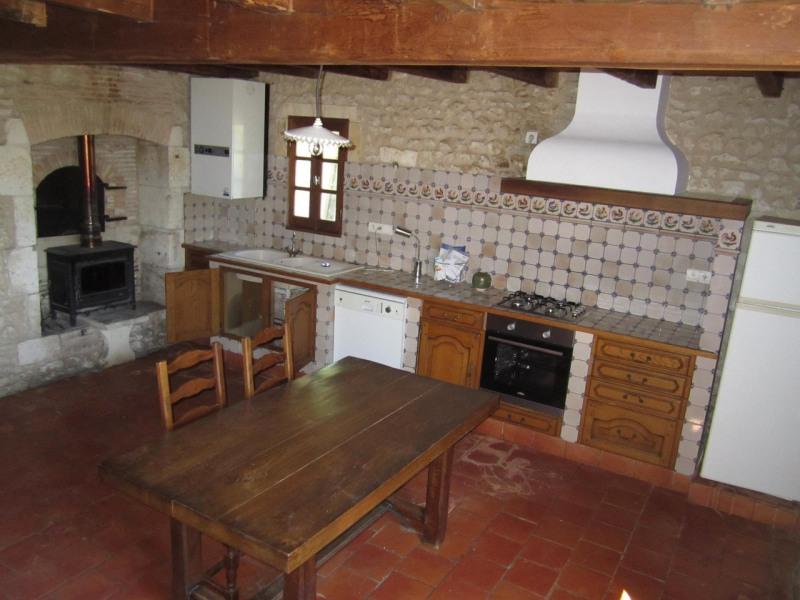 Rental house / villa Baignes-sainte-radegonde 450€ CC - Picture 2